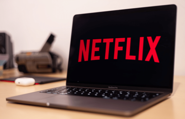 Laptop Netflix verification